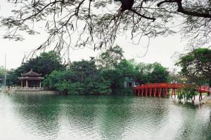 河内 - 陆龙湾 - 下龙湾 - 安子 - 沙坝